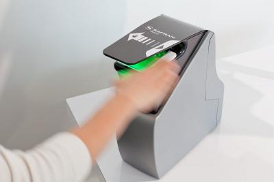 Morpho's contactless fingerprint scanner certified, Government