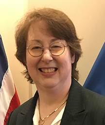 Lisa MacDonald, DHS, 2018 Women in Biometrics Award winner